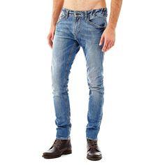 Jeans Super skinny    Der Zahn der Zeit und kurzlebige Trends können den Jeans, hier mit Rock-'n'-Roll-Flair dank moderner Details, nichts anhaben. Abriebstellen und Used-Optik verleihen der Super Skinny neue Nuancen.    Allover-Used-Optik.  Abriebstellen.  Ziernähte an den Taschen.  11,8-oz-Denim.  98% Baumwolle 2% Elastan.  Maschinenwäsche bei 30°.  Abgebildet ist Größe 32, Maße:  Innere Bein...