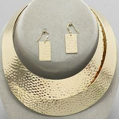 Chunky Fashion Gold Tone Hammered Big Collar Choker ewelry Necklace Earrings Set