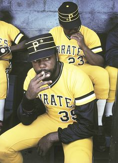 Dave Parker. Pittsburgh Pirates, 1980. THOSE WERE THE GOOD OLD DAYS!!