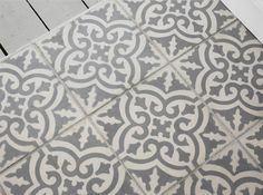 I adore these tiles, I just wish I knew where to get hold of some...