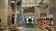 Schöneberg, Im KaDeWe ist bereits weihnachtlich geschmückt