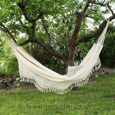Love this Hammock...looks like a bedspread...