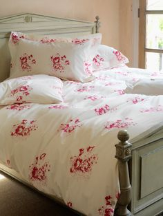 Cabbages and Roses Hatley Cerise Pillow cases Cerise /faded pink/faded grey