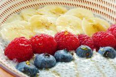 Je teste la recette du pudding aux graines de chia avec mes fruits préférés. C'est simple, rapide et très bon ! Tout savoir sur les bienfaits du chia.