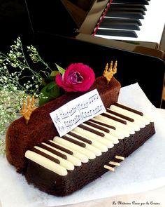 Gâteau piano Piano, Biscuits, Cake Chocolat, Birthdays, Fatigue, Week End, Desserts, Stress, Crafts