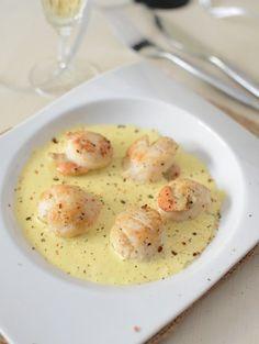 750 grammes vous propose cette recette de cuisine : Noix de Saint-Jacques au champagne. Recette notée 3.8/5 par 6 votants