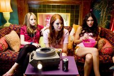 13 conversations every girl has with her college roommates... #roommates