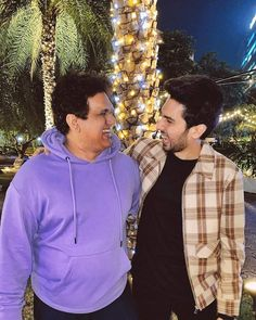Girls Dp Stylish, Handsome Prince, My Prince Charming, Bollywood Actors, Father And Son, Man Crush, Crushes, Singer, Photoshoot