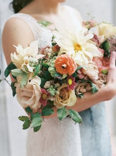 Ginny Early | wedding florals | florist | floral designer | Atlanta wedding | bridal | bride | bouquet | hand tied | romantic | flowers | organic | loose | natural | garden gathered | Wedding Inquiry