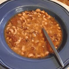 New Year's Day Black-Eyed Peas (mods: bacon/onion/garlic/jalapeno/sage/tomato)