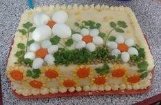 A Torta Salgada de Frango é deliciosa, prática e enfeita a sua mesa. Faça para as festas ou para o lanche que é sucesso garantido! Veja Também: Torta Salga