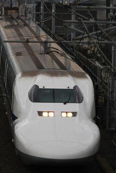 Super express Shinkansen 700