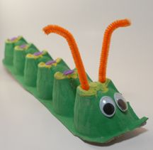 If you have extra egg cartons after Easter this is a great craft to make with the kids, an egg carton caterpillar.
