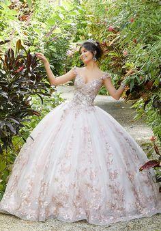 Xv Dresses, Mori Lee Dresses, Ball Gown Dresses, Prom Dresses, Wedding Dresses, Quincenera Dresses White, White Quince Dresses, Formal Dresses, Sweet 16 Dresses