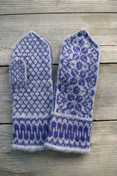 Gray Wool MittensMittens with Flower  Gray and Blue by lyralyra, $37.00
