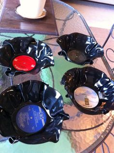Vynil record bowls ....I made them for Christmas gifts!.... easy project!....recycled!