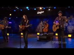 Brandi Carlile covering Blue Eyes Cryin' In the Rain by Willie Nelson <3