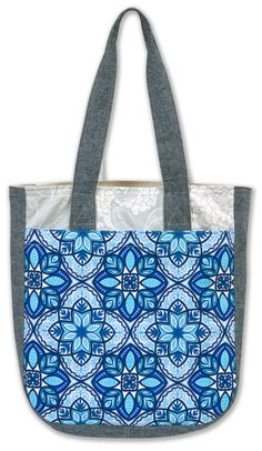 Super Tote designed by noodlehead. Features #mysticcanvas by @ValoriWells, shipping to stores December 2015.