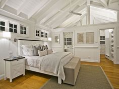 Stunning Hamptons Style Beach House in Collaroy - Home Professional Decoration Hamptons Style Bedrooms, Loft Style Bedroom, Hamptons Style Homes, Beach House Bedroom, Beach House Decor, Home Bedroom, Home Decor, Master Bedroom, Style At Home