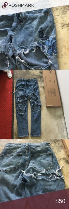 ❤Mom jeans❤ Super cute sad to sell because I love them but don't fit them. Brandy Melville Jeans Boyfriend