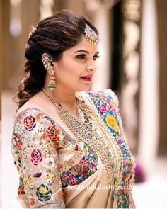 Half Saree Designs, Silk Saree Blouse Designs, Bridal Blouse Designs, Latest Traditional Dresses, Traditional Outfits, Indian Jewellery Design, Jewellery Designs, Gold Jewellery, Diamond Jewelry