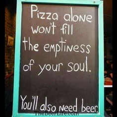 October national pizza and beer day Beer Puns, Beer Memes, Memes Humor, Funny Signs, Funny Jokes, Hilarious, Funny Captions, Funny Food, Top Funny