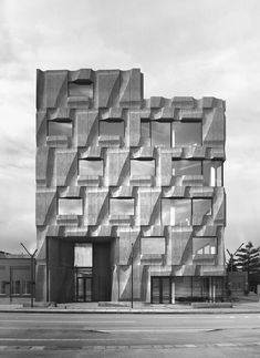 in its concept for 'fit', a boutique office building, batay-csorba suggests an alternative to the glass wall curtain project common in new development.