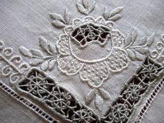 Vintage Italian Linen Table Set
