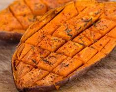 Patate douce légère grillée aux épices : http://www.fourchette-et-bikini.fr/recettes/recettes-minceur/patate-douce-legere-grillee-aux-epices.html