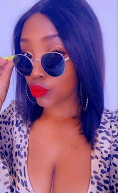 Round Sunglasses, Mirrored Sunglasses, Sunglasses Women, Ursula, Fashion, Moda, Round Frame Sunglasses, Fashion Styles, Fashion Illustrations