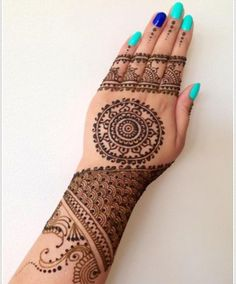 Cute Henna Tattoo Designs for Girls | Styles Time Cute Henna Tattoos, Henna Body Art, Mehndi Tattoo, Hand Tattoos, Mehndi Designs, Mehndi Patterns, Henna Tattoo Designs, Tattoo Ideas, Hena