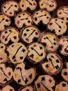 Art palette cupcakes for an art themed birthday bash!