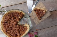 Southern Pecan Pie - House of Bakes » House of Bakes