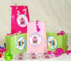 SMALL Cupcake Goody Bags  Kids Cupcake Birthday by ReadySetCreate, $1.35