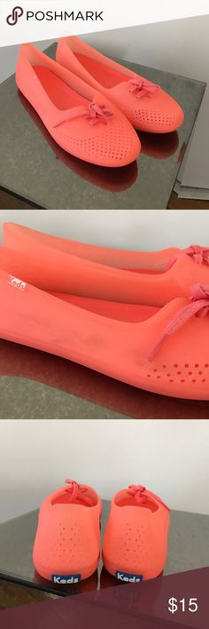 Keds perforated coral jelly ballet flats 8 Soft comfortable keds jelly ballet flats in a bright coral color. Never worn but have a little color transfer as shown in photos. Keds Shoes Flats & Loafers