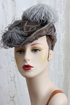 eb737f31ad9 Antique Hat   Ostrich Feather   Reenactment   Museum   Costume   One Size