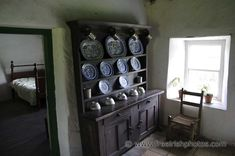 Irish Cottage INTERIORS | Dressers in Old Irish Cottages - Free Irish Photos, Desktop ...