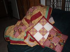 Sunflower Patchwork Quilt and Pillows Set by darleneshreffler, $65.00