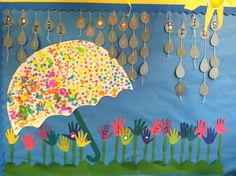 April showers bring may flowers bulletin boards spring bulle Flower Bulletin Boards, Spring Bulletin Boards, Preschool Bulletin Boards, Classroom Board, April Bulletin Board Ideas, Classroom Calendar, Bullentin Boards, Kindergarten Classroom Decor, Classroom Ideas