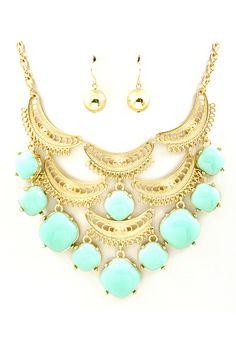 Soft Turquoise Carmen Necklace Set