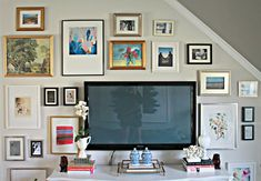DIY TV Gallery Wall- Burlap and Lace