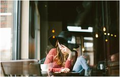 a coffee shop / seattle lifestyle photographer
