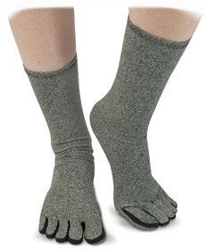 Foot pain doesn't need to slow you down. Imak Arthritis Socks provide gentle compression and warmth to increase circulation and decrease pain. Get a pair today at Ease Living!