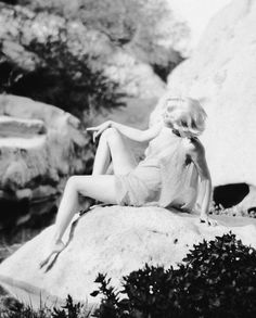 Jean Harlow in Griffith Park c. 1929. Photos by Edwin Bower Hesser