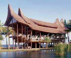 Airy house on stilts | Bali, Indonesia