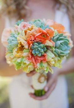 blush, coral, mint, and peach. gorgeous...............................I REALLY LIKE!!!!!!