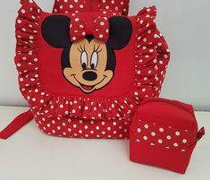 Mochila Minnie no Elo7 | Mother Punk (8C96D0) Punk, Lunch Box, Backpacks, 35, Bags, Fashion, Tejidos, Craft, Red