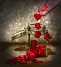 Heart inside a Bottle : Romantic Images