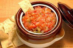 ¡Así es como se sirve una buena salsa en México! Siempre acompañando los platillos más tradicionales. http://www.bestday.com.mx/Mexico/Restaurantes/