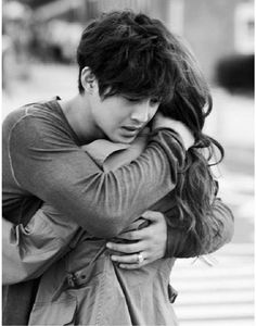 """Kim Hyun Joong Gives a Romantic Hug to Jung Yoo Mi on """"City Conquest"""" Story Inspiration, Character Inspiration, Romantic Hug, Leonard Dicaprio, Yoo Ah In, Kim Hyun, The Embrace, Poses, The Villain"""